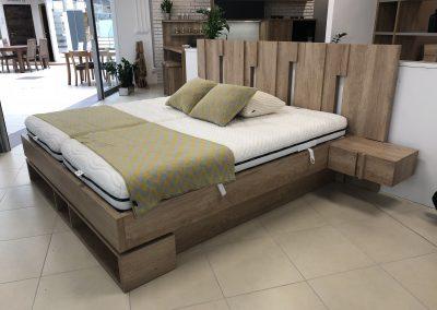 posteľ Mia