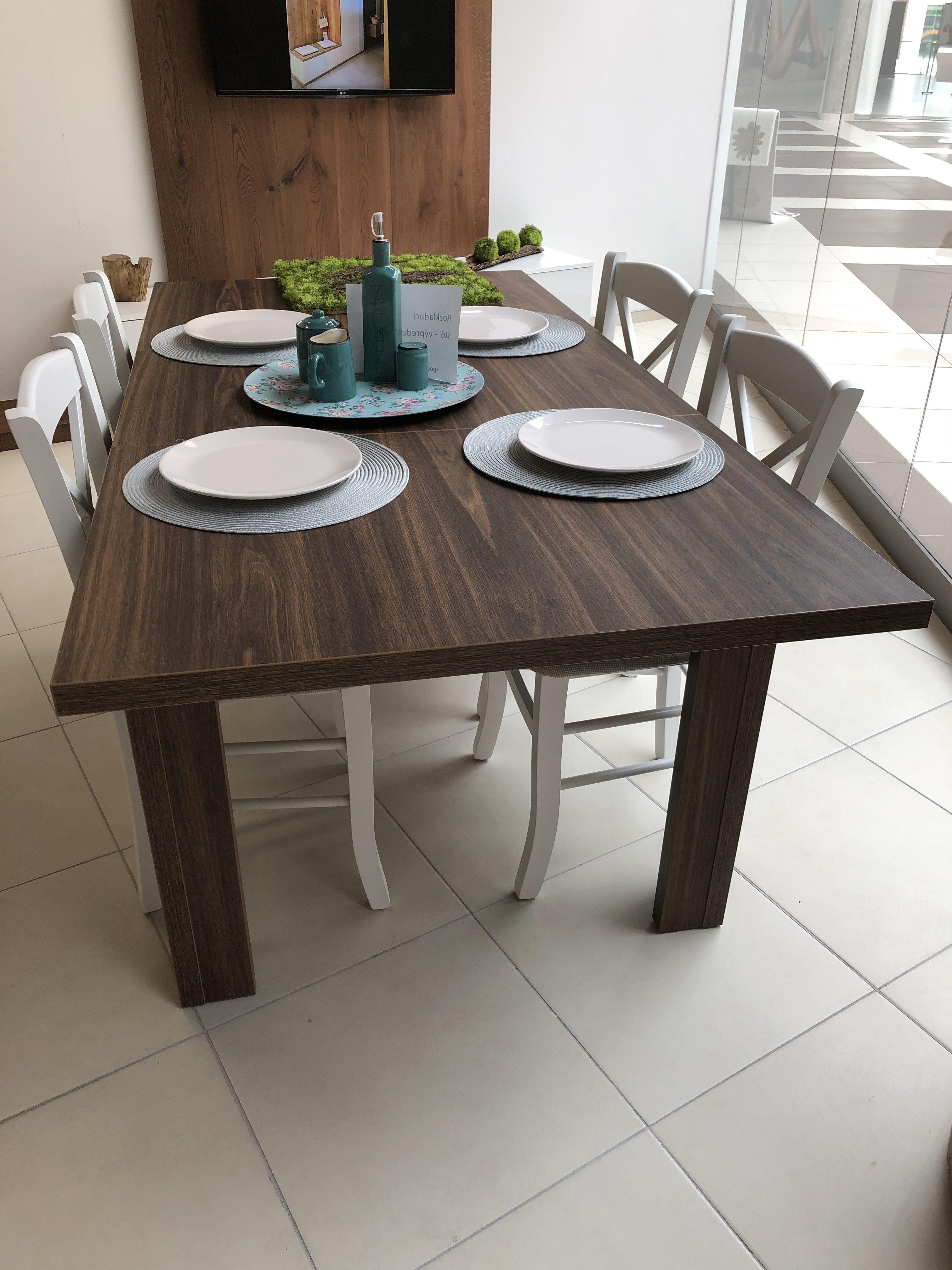rozkladací stôl