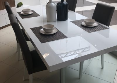 jedálensky stol - nohy - SKLO