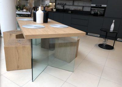 stôl V