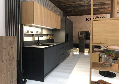 expozícia kuchynská linka MATT