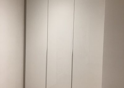biely akrylík